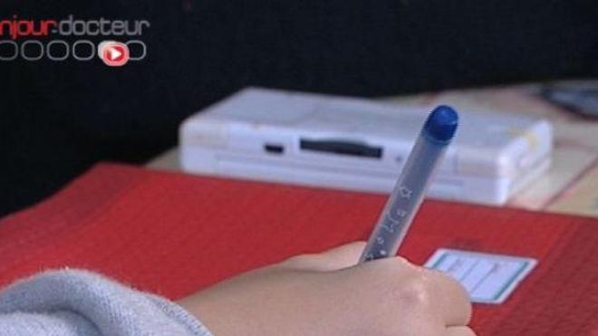 Elèves handicapés : 28.000 auxiliaires de vie scolaire (AVS) seront titularisés