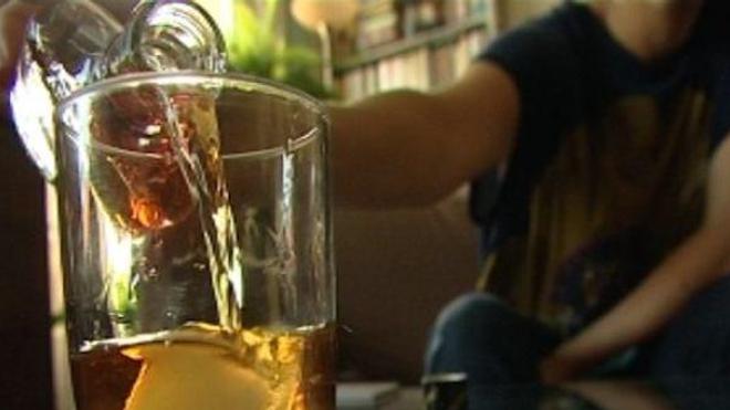 Une étude portant sur près de 8.000 personnes vise à déterminer les effets d'une consommation modérée d'alcool sur la santé.