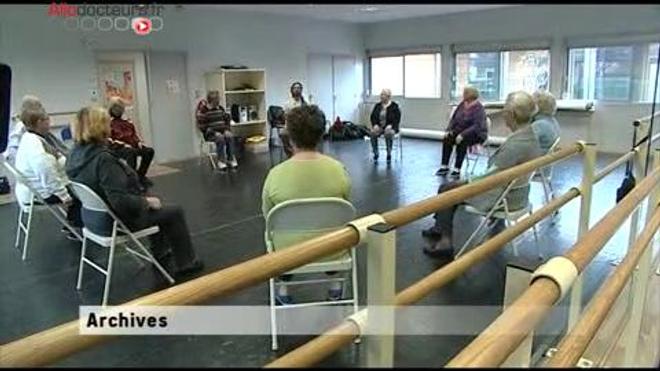 Seniors : faire de l'exercice pour prévenir les chutes © Robert Kneschke - Fotolia.com