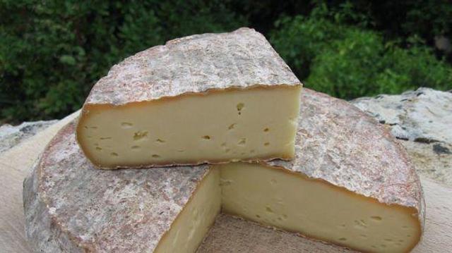 Listeria : des Saint-Nectaire retirés de la vente