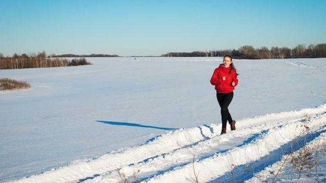 Faire du sport en extérieur quand il fait froid impose des précautions - Photo © Polina Ponomareva - Fotolia.com