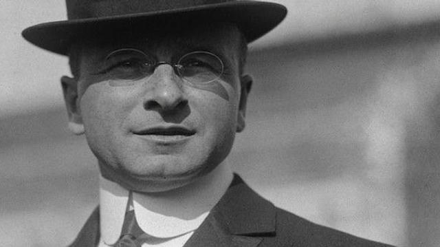 1912 : Alexis Carrel, le génie noir de la chirurgie
