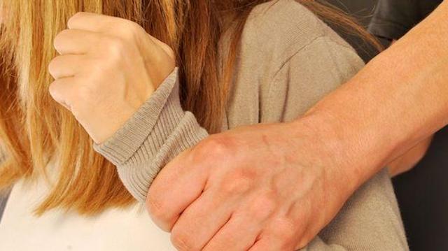 Violences conjugales : l'Ordre des médecins se dit favorable à une levée partielle du secret médical