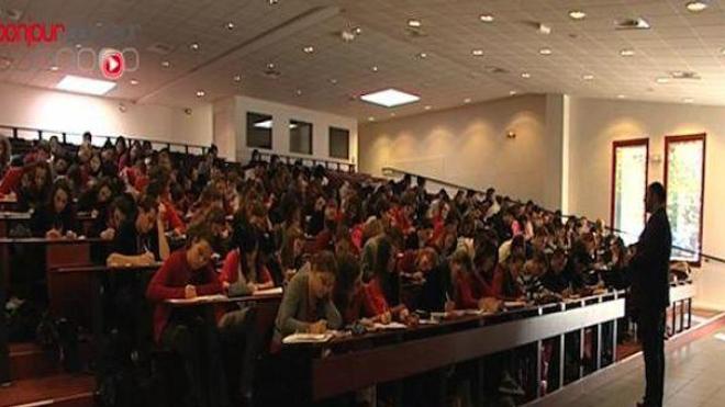 57.700 étudiants se sont incrits en première année commune aux études de santé (PACES) en 2014 (Image d'illustration)