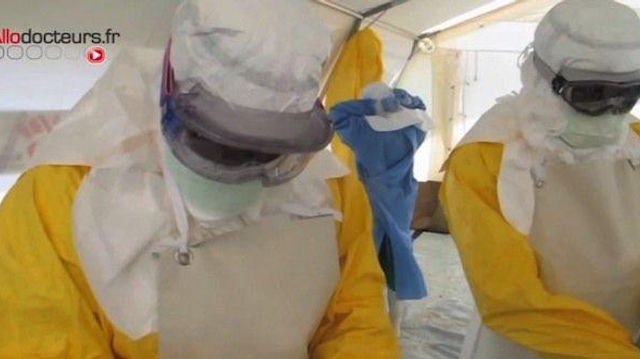 Ebola : un traitement expérimental envoyé en Afrique