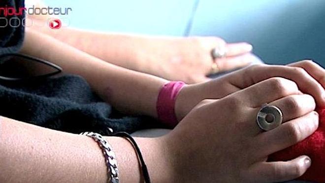 Anonymat et secret médical pour les mineurs séropositifs