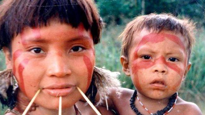Mère yanomami et son enfant, à Homoxi au Brésil (image d'illustration) - cc-by-sa Cmacauley