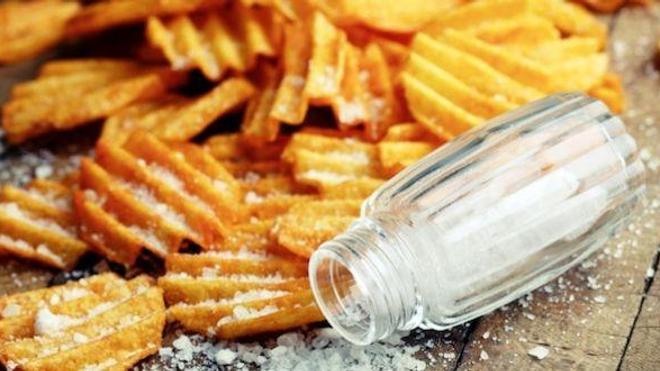 Une consommation excessive de sel pourrait entraîner un retard pubertaire