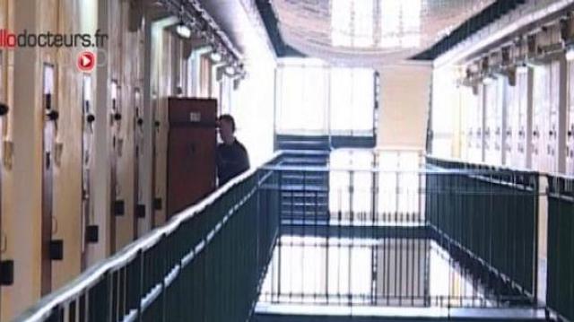 """Prisons : la situation """"accablante"""" des détenus malades psychiatriques"""