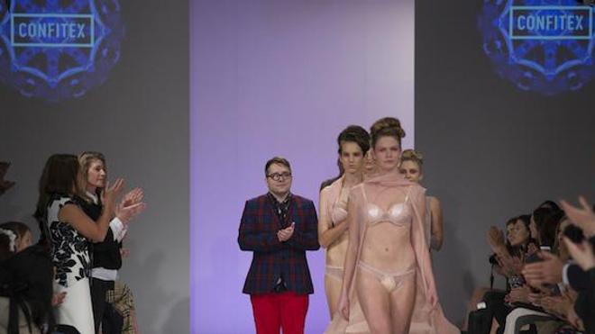 La première ligne de sous-vêtements haut de gamme pour peronnes incontinentes a été présentée à la fashion week de Nouvelle-Zélande