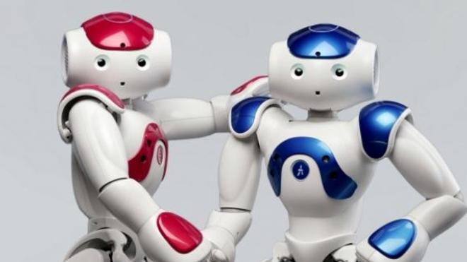 En s'exprimant par le biais du robot Nao®, les jeunes adolescents autistes ont considérablement progressé en matière de communication. DR