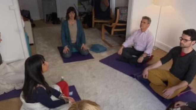 La méditation, pas plus efficace que le placebo contre la douleur