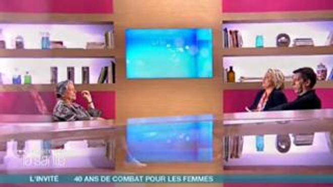 """Michel Cymes et Marina Carrère d'Encausse avaient reçu Thérèse Clerc le 17 avril 2010 dans """"Le magazine de la santé""""."""
