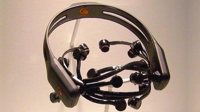 e-Dræm® utilise des casques d'interface neuronale Epoc® (Emotiv)