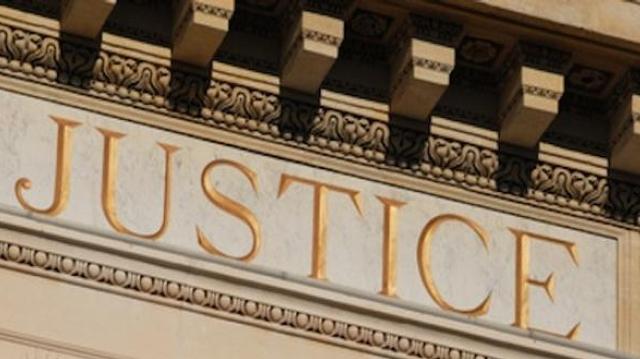 """La cour d'appel d'Orléans rejette la notion de """"sexe neutre"""""""