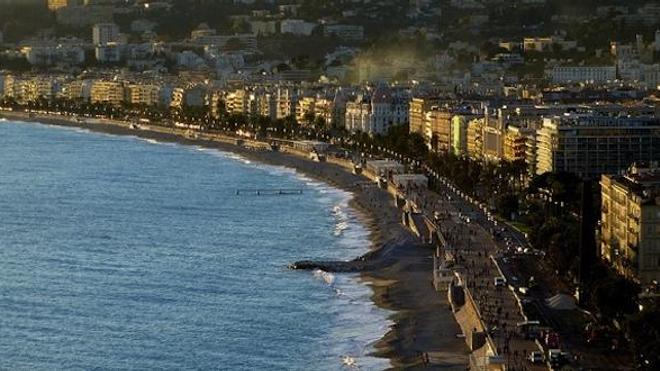 Promenade des Anglais à Nice ©Flickr - Bernard Fourmond