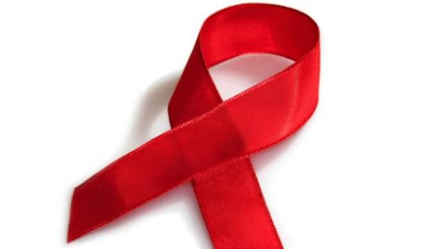 Sida : une adolescente infectée par le VIH toutes les trois minutes