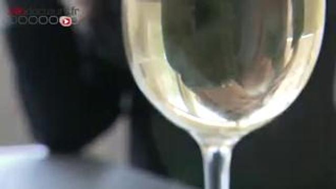 Alcool : les femmes rattrapent les hommes -