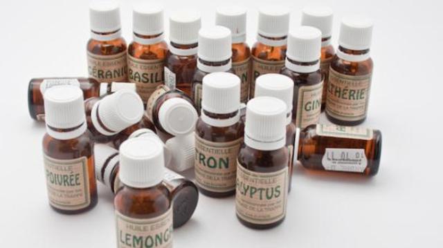 Les huiles essentielles permettent-elles de combattre le coronavirus ?