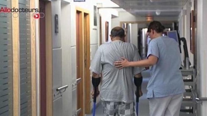 Hôpital : les mesures pour attirer les jeunes médecins entrent en vigueur
