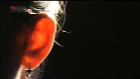 Nettoyage des oreilles : gare aux cotons-tiges!
