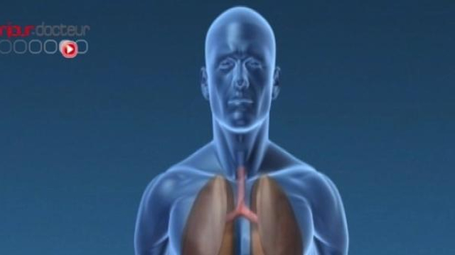 Une thérapie bloque le cancer agressif du poumon pendant deux ans