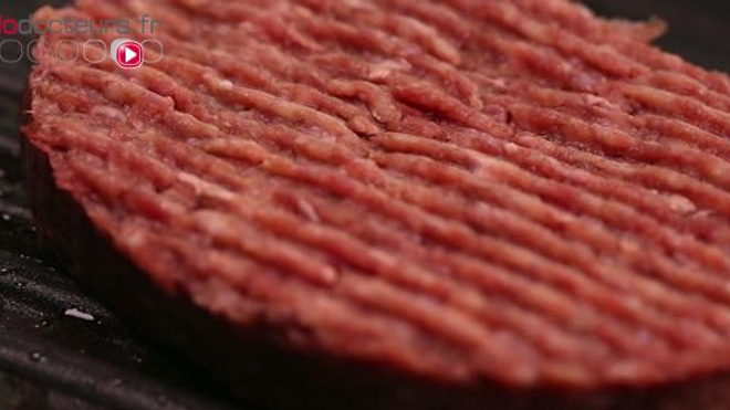 Affaire des steaks hachés : trois ans ferme requis contre les fournisseurs