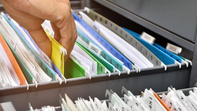 Les médecins utilisent des applications de messagerie instantanée pour s'envoyer des extraits de dossier médical.
