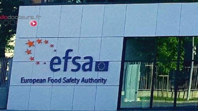Entrée des quartiers généraux de l'EFSA, à Parme. (cc by sa Carlo Dani)