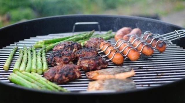 Barbecue, plancha : bonnes pratiques et recettes