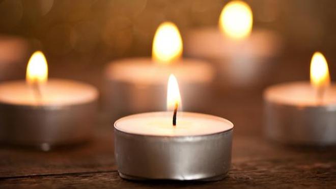 Les bougies parfumées et l'encens sont à consommer avec modération