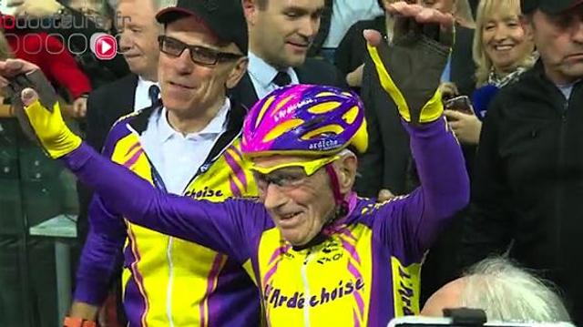 À 106 ans, le cycliste Robert Marchand arrête la compétition