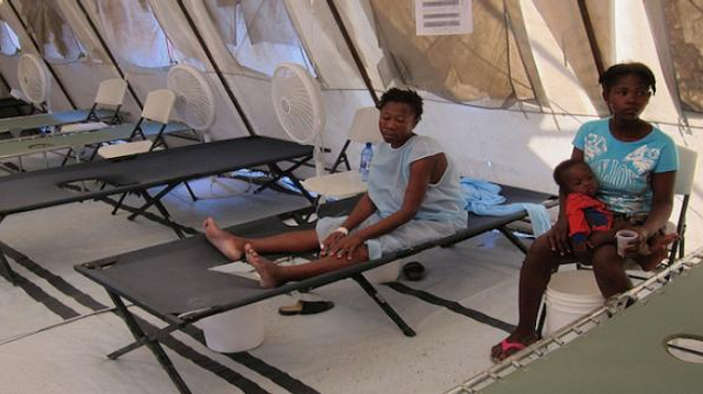 "Choléra à Kinshasa : l'OMS s'inquiète d'un ""haut"" risque de propagation"