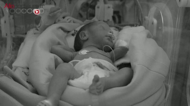 Bébés prématurés : bientôt un congé paternité plus long ?