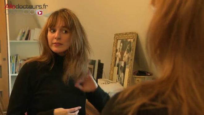 Cheveux raides vs cheveux frisés : un expert vous explique tout