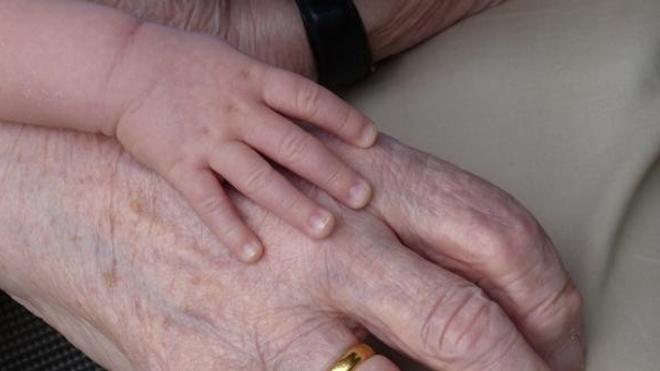 Famille : les grand-mères, encore plus précieuses qu'elles n'y paraissent ?