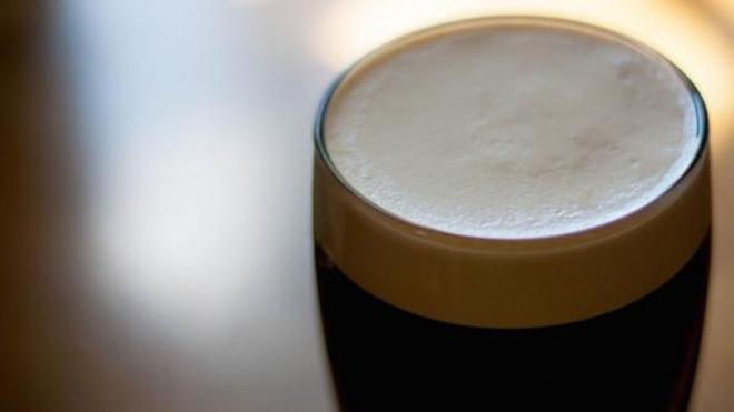 Irlande : le premier pub sans alcool ouvre au pays de la bière