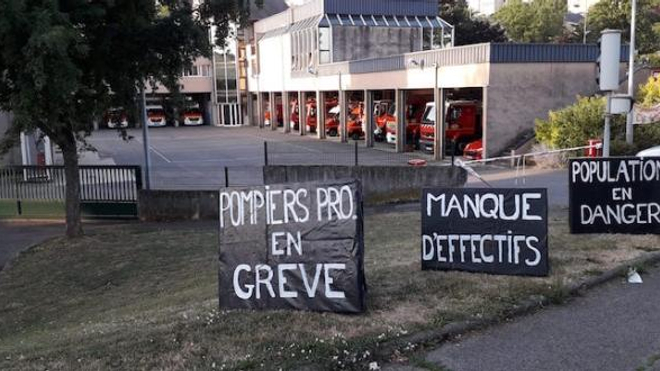 Les sapeurs-pompiers professionnels sont en grève depuis le 26 juin