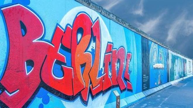 """Un """"remède"""" homéopathique… aux extraits du mur de Berlin!"""