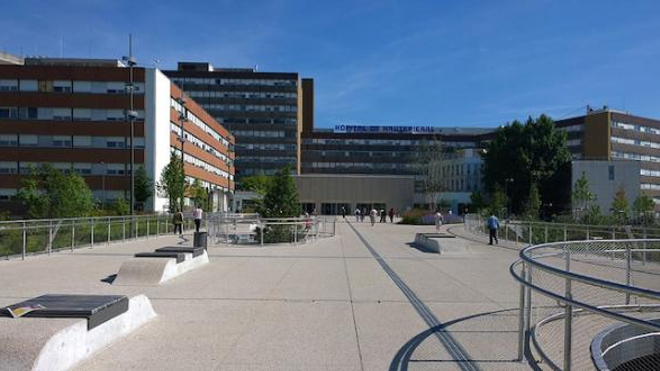 Au CHU de Strasbourg, trente patients atteints du coronavirus sont traités dans des salles de réanimation.