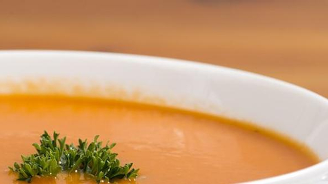 Une femme paralysée après avoir consommé une soupe périmée