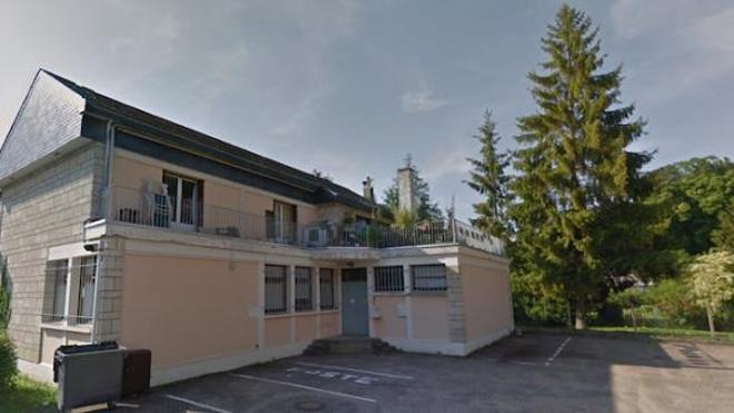 Le cabinet médical de Ry, anciennement agence postale, avant les travaux de rénovation.