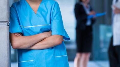 """Obligation vaccinale : """"Certains EHPAD n'auront plus assez de personnel pour s'occuper des résidents"""""""
