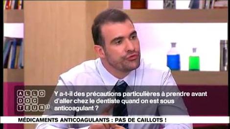 Anticoagulants : faut-il prévenir le dentiste?