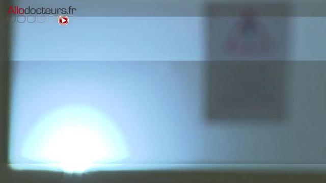 Covid-19 : Un robot décontamine les chambres en 5 minutes