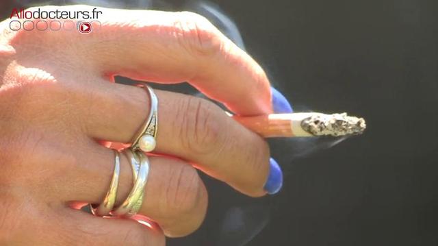Moins de fumeuses, moins de risques cardiovasculaires pour les femmes
