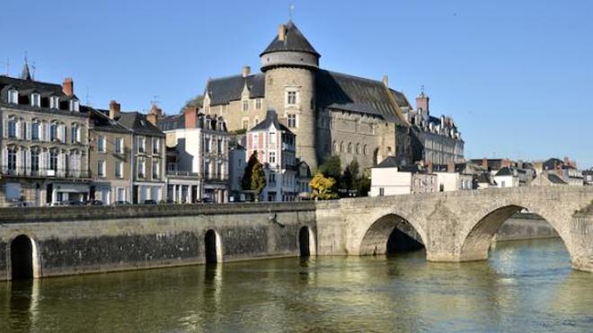 Image d'illustration. Commune de Laval, en Mayenne, où le seuil d'alerte de nouveaux cas de coronavirus a été dépassé.