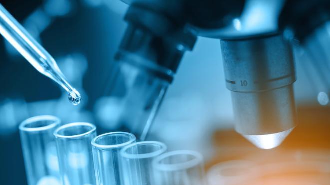 Vaccins Covid-19 : l'importance de tester sur les personnes âgées et les personnes de couleur