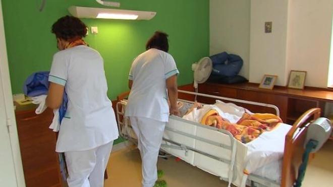 Ephad : « un nouveau confinement ne serait plus toléré » selon la ministre Brigitte Bourgignon