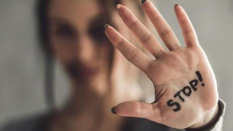 Violences conjugales : un tchat pour aider les plus jeunes femmes